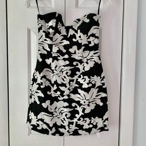 NBD Strapless Embroidered Embellished Dress Small